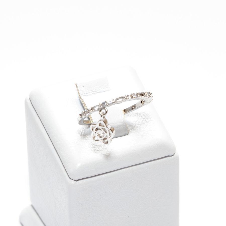 Кольцо с подвеской в виде цветка  9 55 100 D