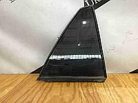 Стекло форточки двери 68123-0E010