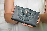 """Кожаный зеленый кошелек ручной работы с тисненым орнаментом """"Мандала"""", фото 1"""