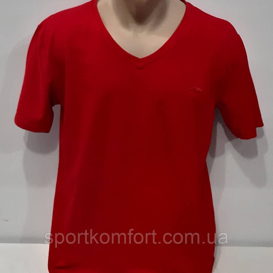 Чоловіча однотонна футболка Туреччина, великого розміру, горловина - мис, 95 бавовна.