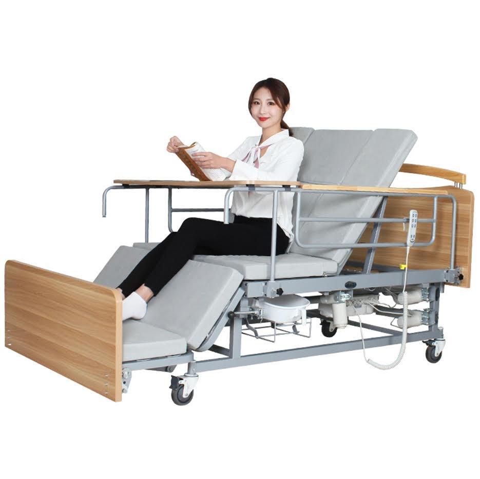 Медичне електро ліжко з туалетом і боковим переворотом Е04. Функціональне ліжко для інваліда. Ліжко для реабілітації.