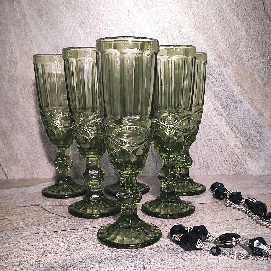 """Набор зелёных бокалов для шампанского из цветного стекла Helios """"Изумруд"""" 6 шт 150 мл (6445)"""