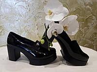 Туфли на каблуке лаковые черные