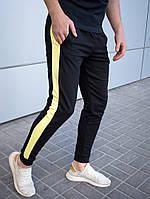 Мужские спортивные штаны брюки трикотажные с лампасами весна-осень-лето черные с желтым. Живое фото, фото 1