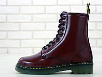 Зимние женские ботинки Доктор Мартинс бордового цвета