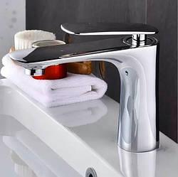 Смеситель для ванной на раковину. Модель RD-430-1 Хром