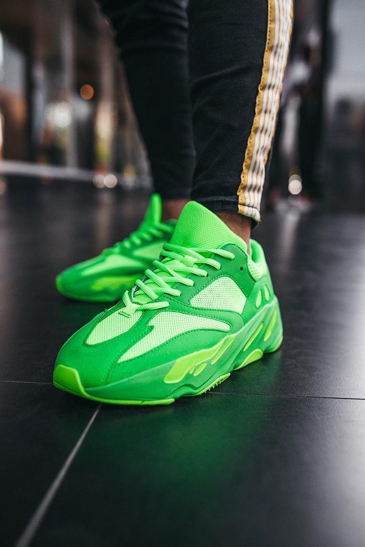Кросівки чоловічі Yeezy Boost 700 Neon Green