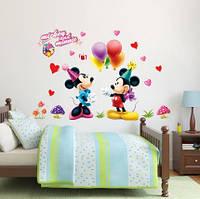 """Интерьерная винилоая наклейка на стену в детскую комнату - """"Микки Маус. День рождения"""""""