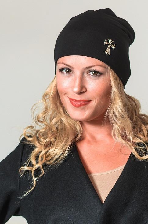 Женская шапка 8056