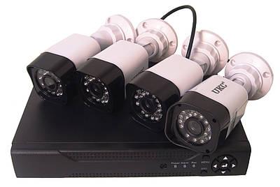 Комплект відеоспостереження UKC реєстратор DVR 4-канальний і 4 камери DVR CAD D001 KIT (009343)