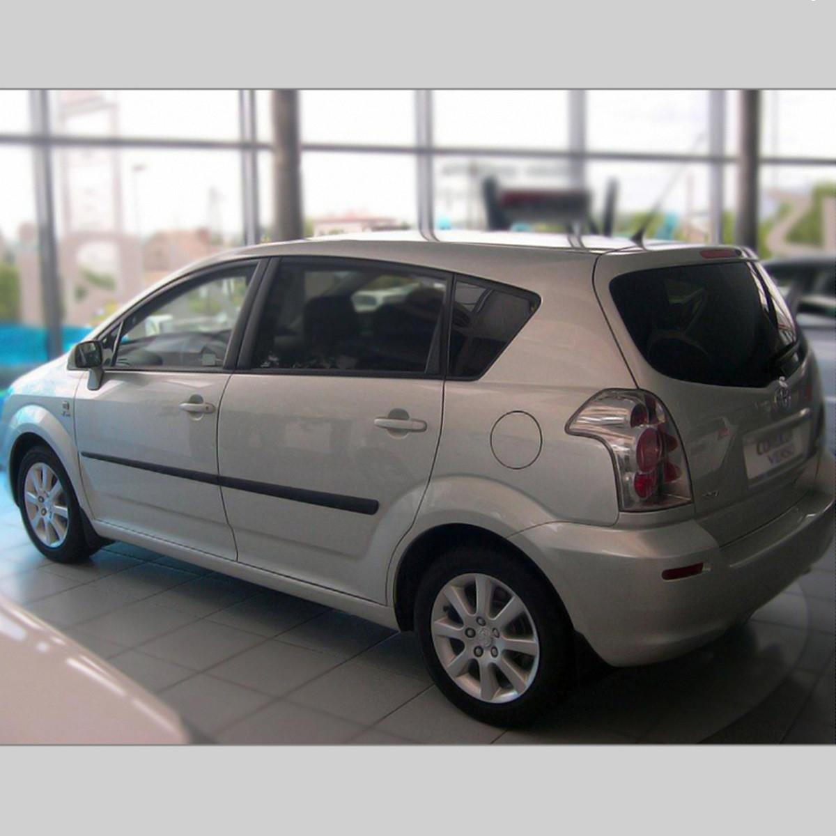 Молдинги на двері для Toyota Corolla Verso 2 2004-2009