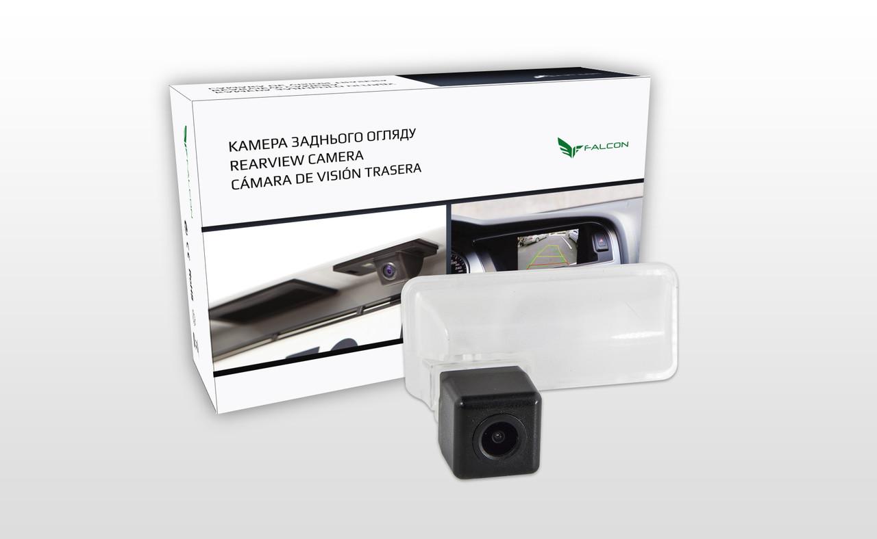 Штатная камера заднего вида Falcon SC124-HCCD для Subaru Forester IV 2013+/Impreza 5D 2007-2011