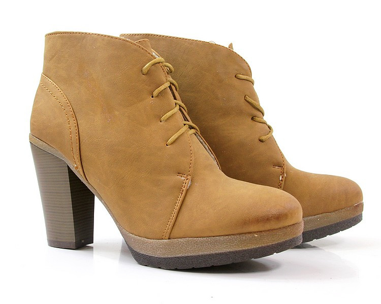 Женские ботинки PARKER