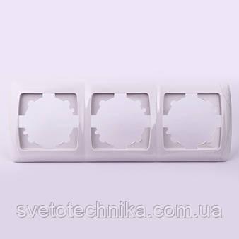 Тройная рамка VI-KO Carmen горизонтальная скрытой установки (белая)