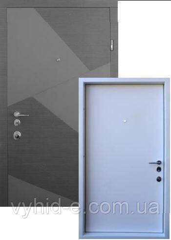 Двери входные STRAJ. Prestige Splint