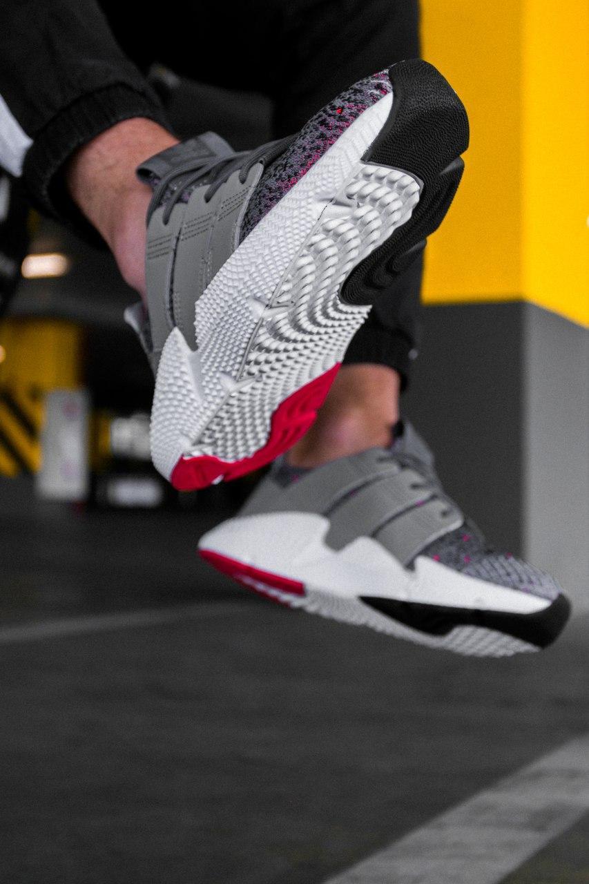 Кроссовки женские Adidas Prophere Grey Solar Red