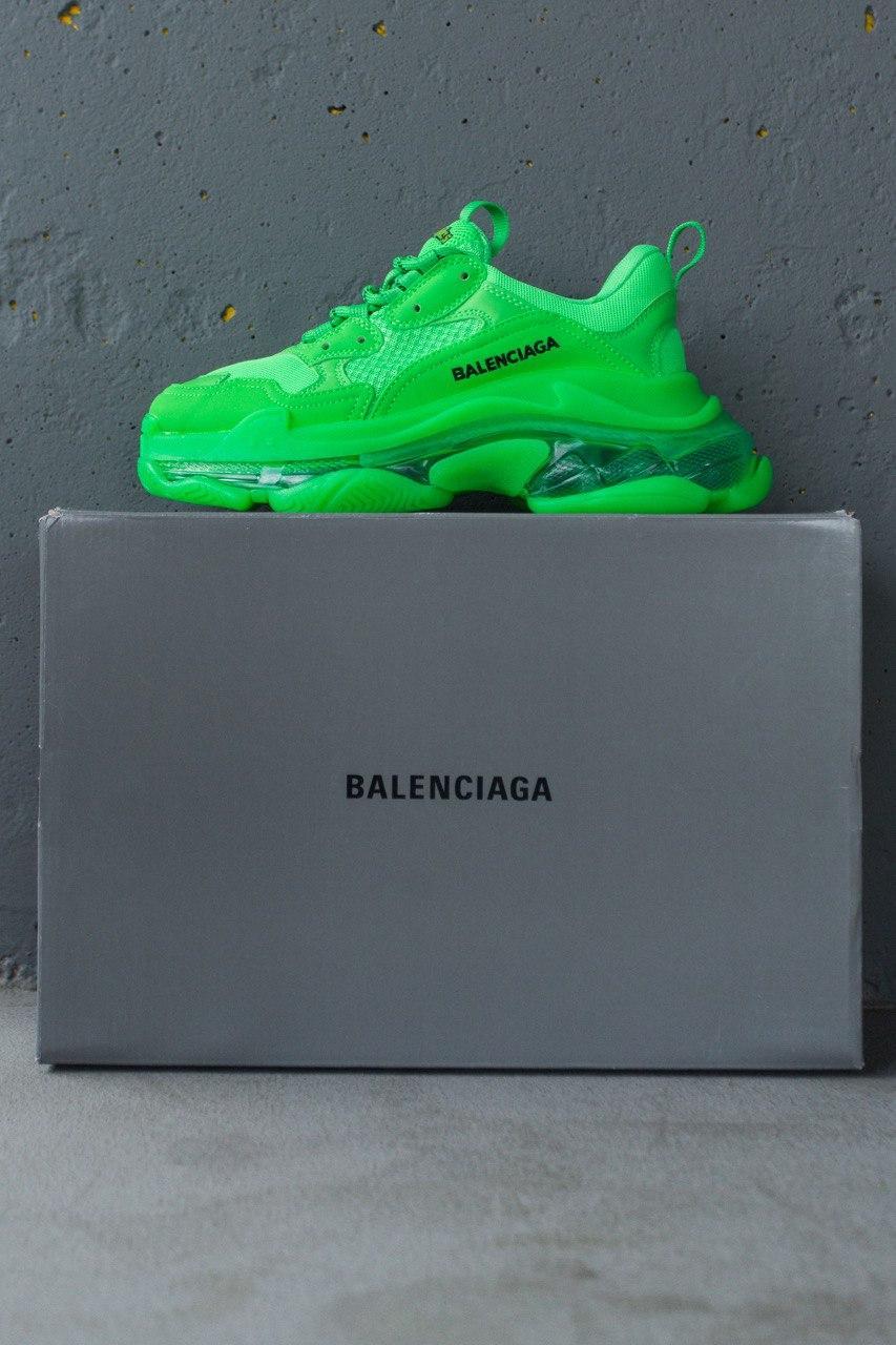 Кроссовки женские Balenciaga Triple S Fluorescent Green