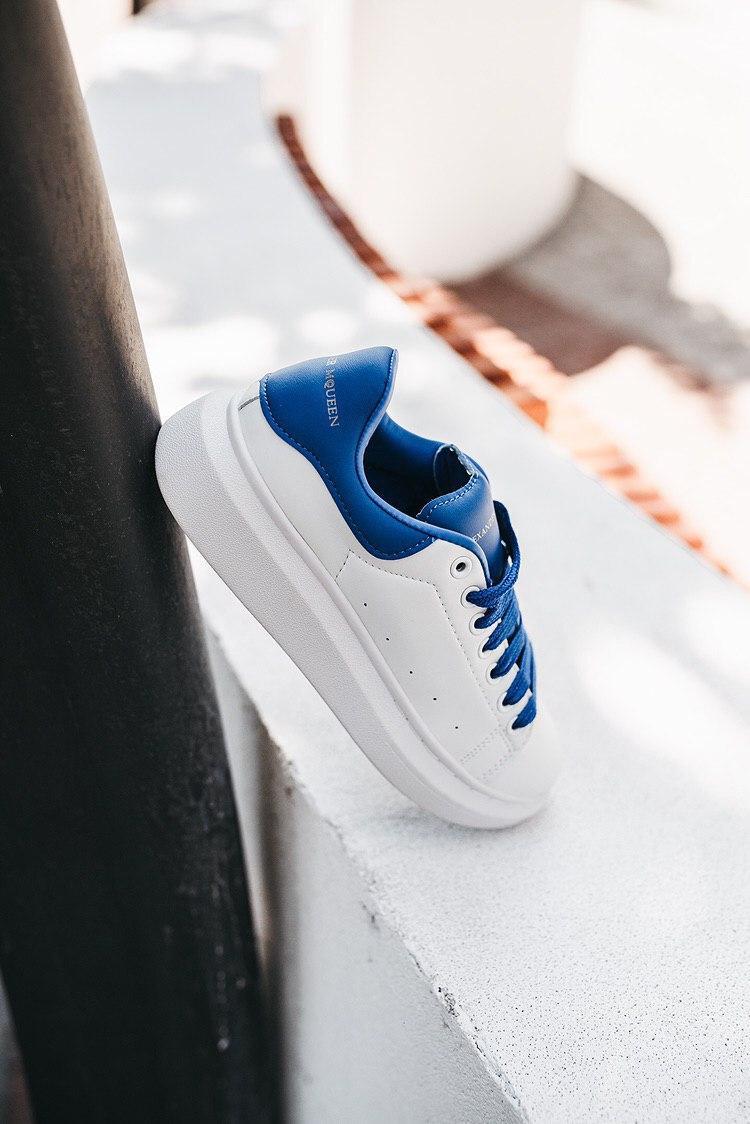 Кроссовки женские Alexander McQueen Wmns Oversized Sneaker Admiral Blue