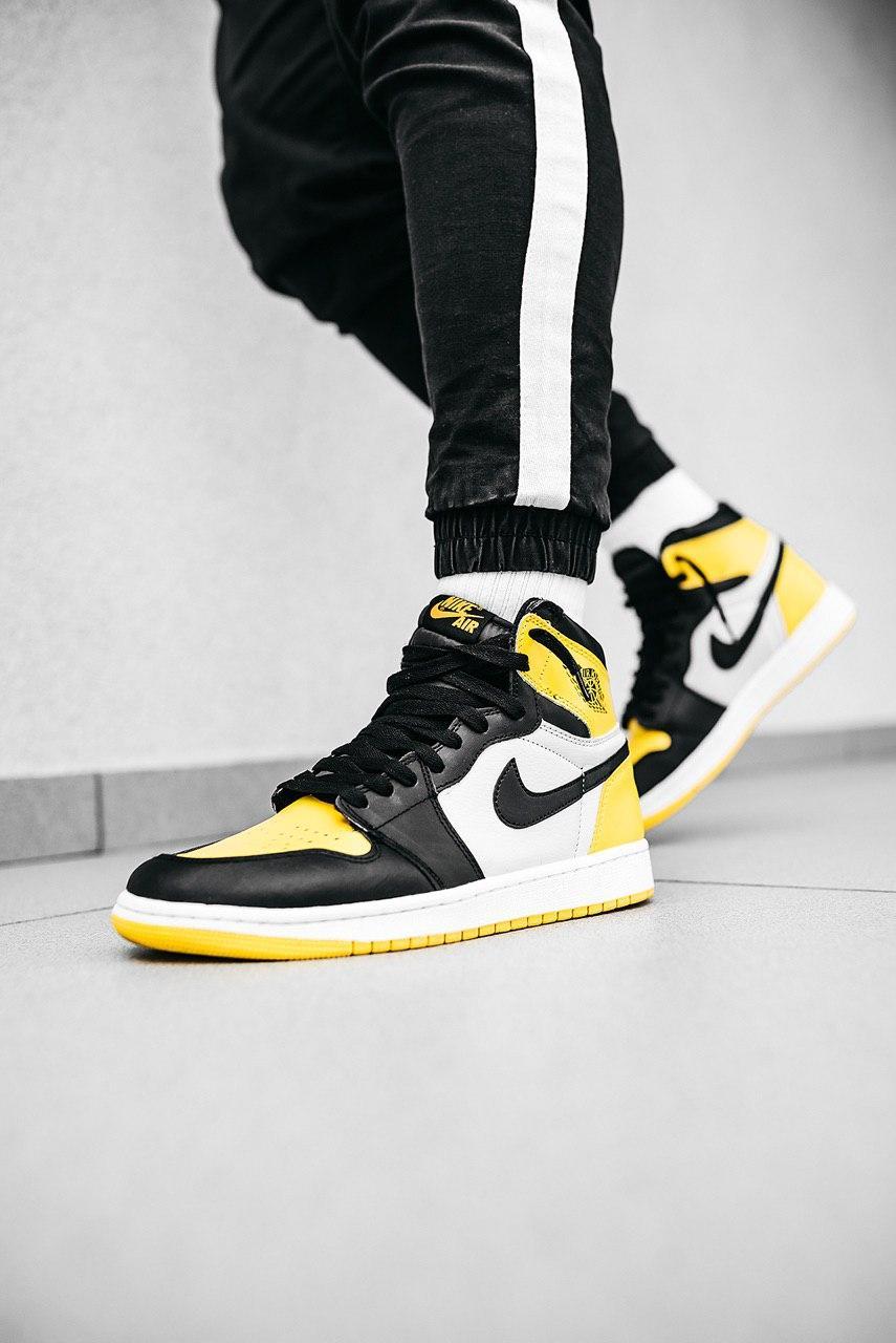 Кроссовки женские Nike Jordan 1 Retro High Yellow Ochre
