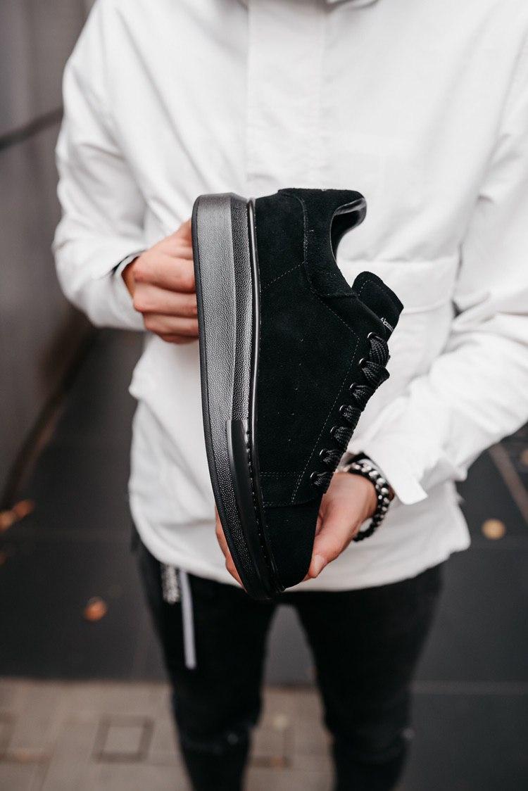 Кроссовки женские Alexander McQueen Oversized Sneaker All Black