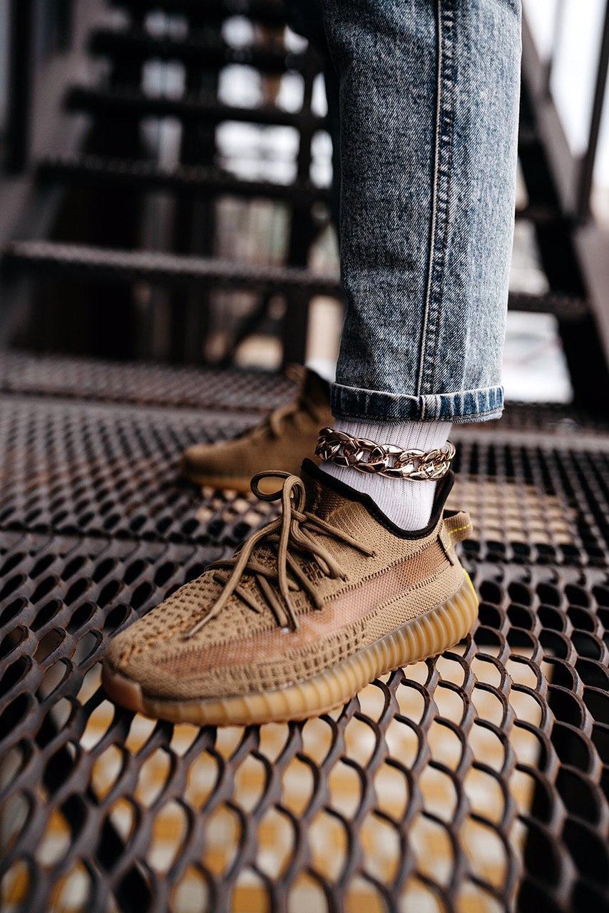 Кроссовки женские Adidas Yeezy Boost 350 V2 Earth