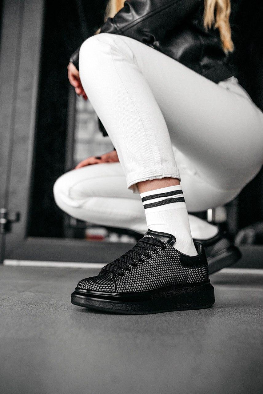 Кроссовки женские Alexander McQueen Oversized Sneaker Smoke