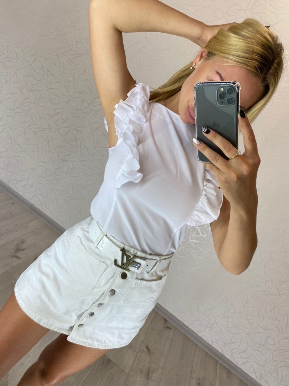 Летняя женская блуза без рукава с воланами 16ru368