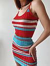 Короткое разноцветное платье из машинной вязки рубчик на бретелях 77py1344, фото 2