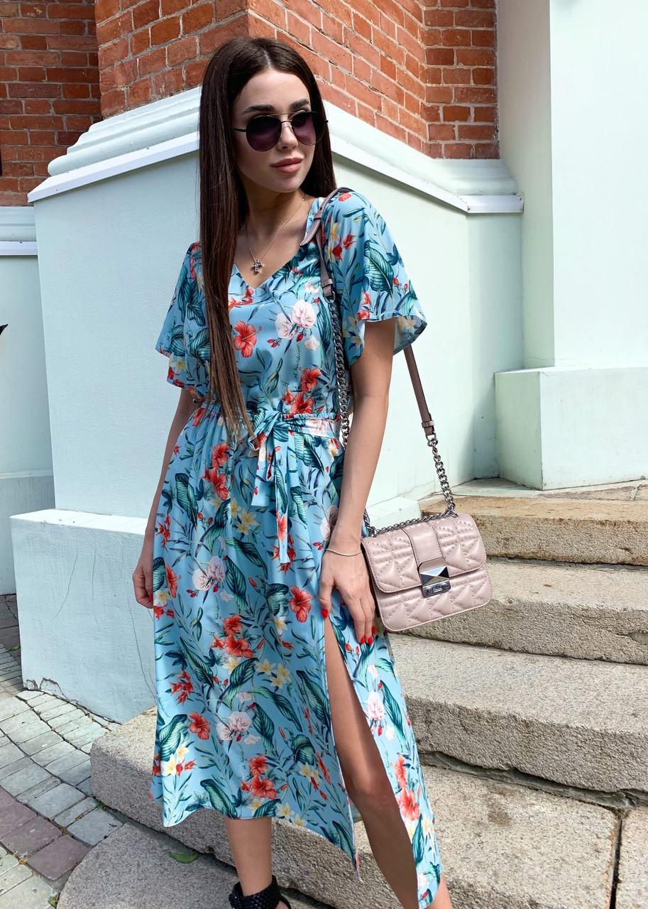 Принтованное платье со свободным верхом, широким коротким рукавом и длиной ниже колен 65py1347