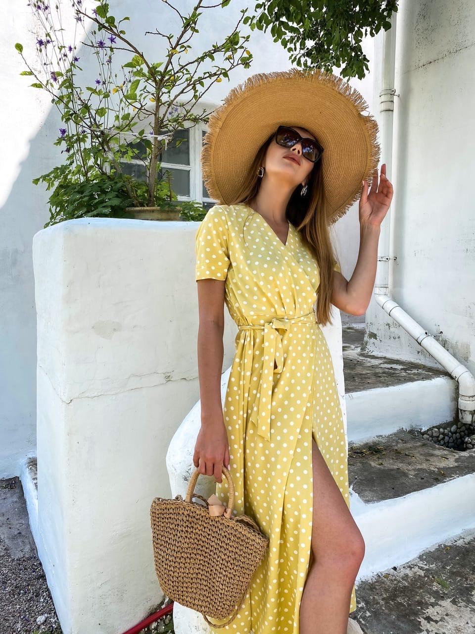 Длинное летнее платье в горошек на запах с коротким рукавом 36plt1372