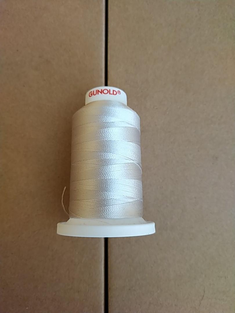 Нитки для машинной вышивки   GUNOLD  №40.  цвет 1325 ( СЕРЕБРО  ) 1000 м