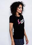 Черная летняя трикотажная футболка с нашивками LOVE в пайетках, бусинах и стразах S, фото 2