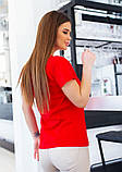 Красная трикотажная футболка с блестящим декором, фото 3