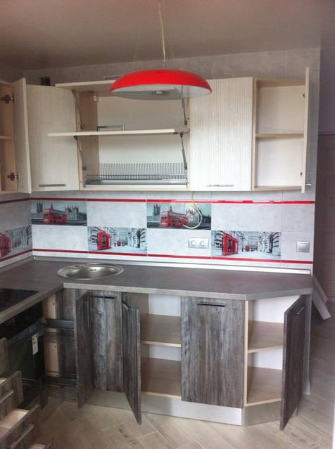 Кухня с фасадами под дерево 39