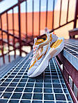 Женские кроссовки Nike Vista Lite (серо-желтые с белым) 2205, фото 3