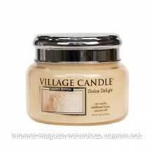 Ароматическая свеча Village Candle Сладкое наслаждение (время горения до 55 ч)