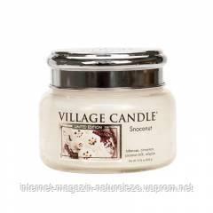 Ароматическая свеча Village Candle Снежный кокос (время горения до 55 ч)