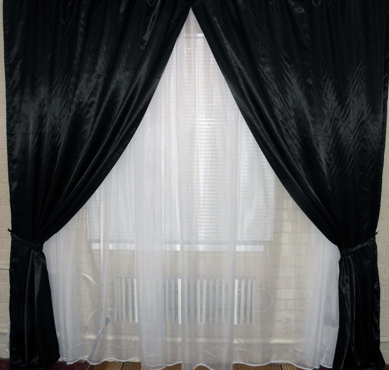 Комплект штор из атласа черный.