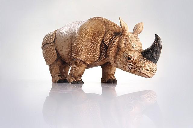 Носорог, резьба по кости купить, изделия из кости, изделия из кости мамонта, резьба по кости,