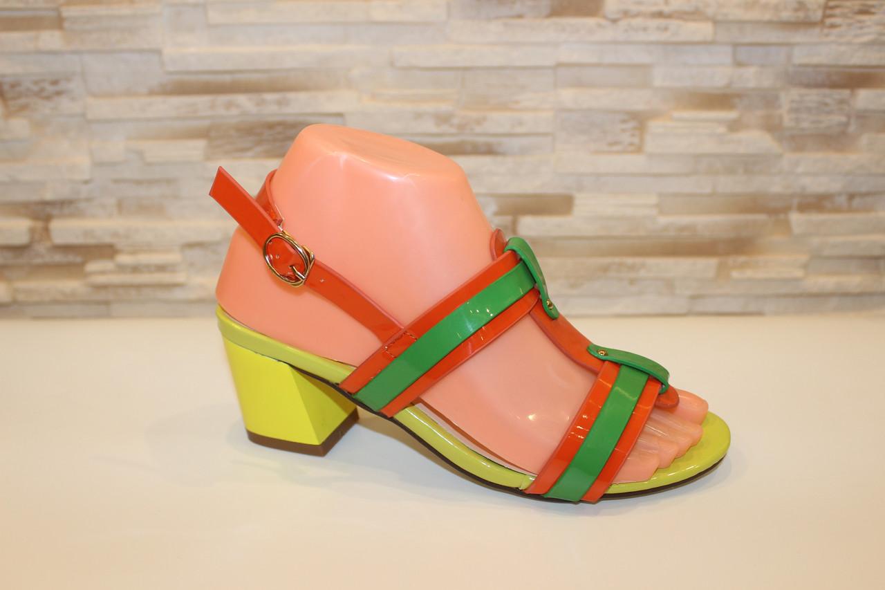 Босоножки женские зеленые с оранжевым на каблуке Б19