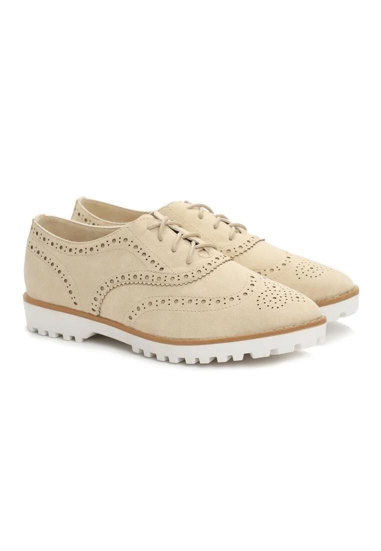Туфли женские бежевые на шнурках Т013