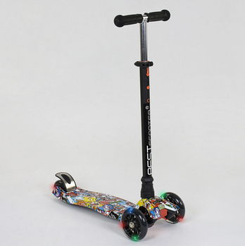 Самокат трехколесный Best Scooter A 25460/779-1315 MAXI 4 прочная алюминиевая трубка, свет колес