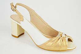 Босоножки на каблуке Foletti 624/1 золотисто-бежевые кожа