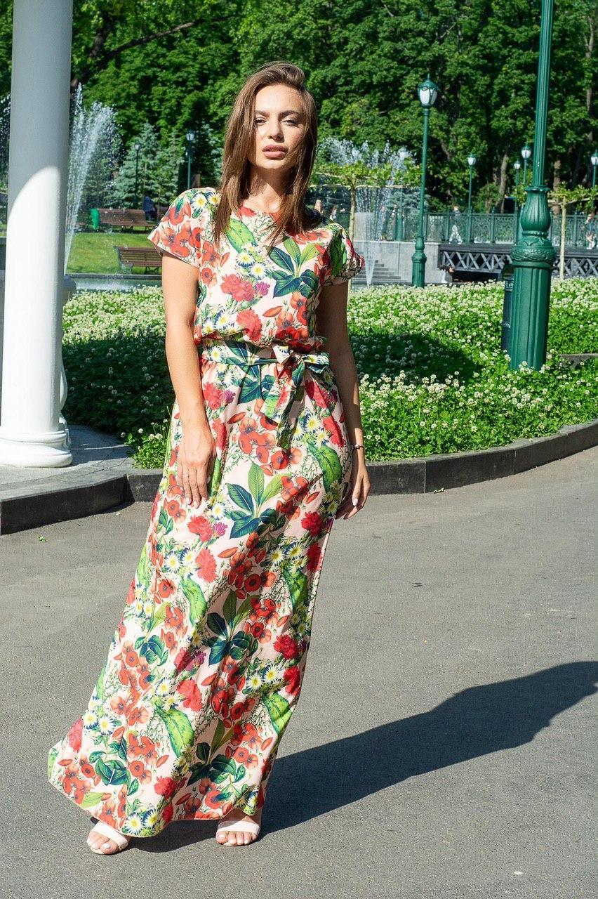Легкое летнее платье в пол, принт: красные цветы на бежевом 42-46 и 48-52