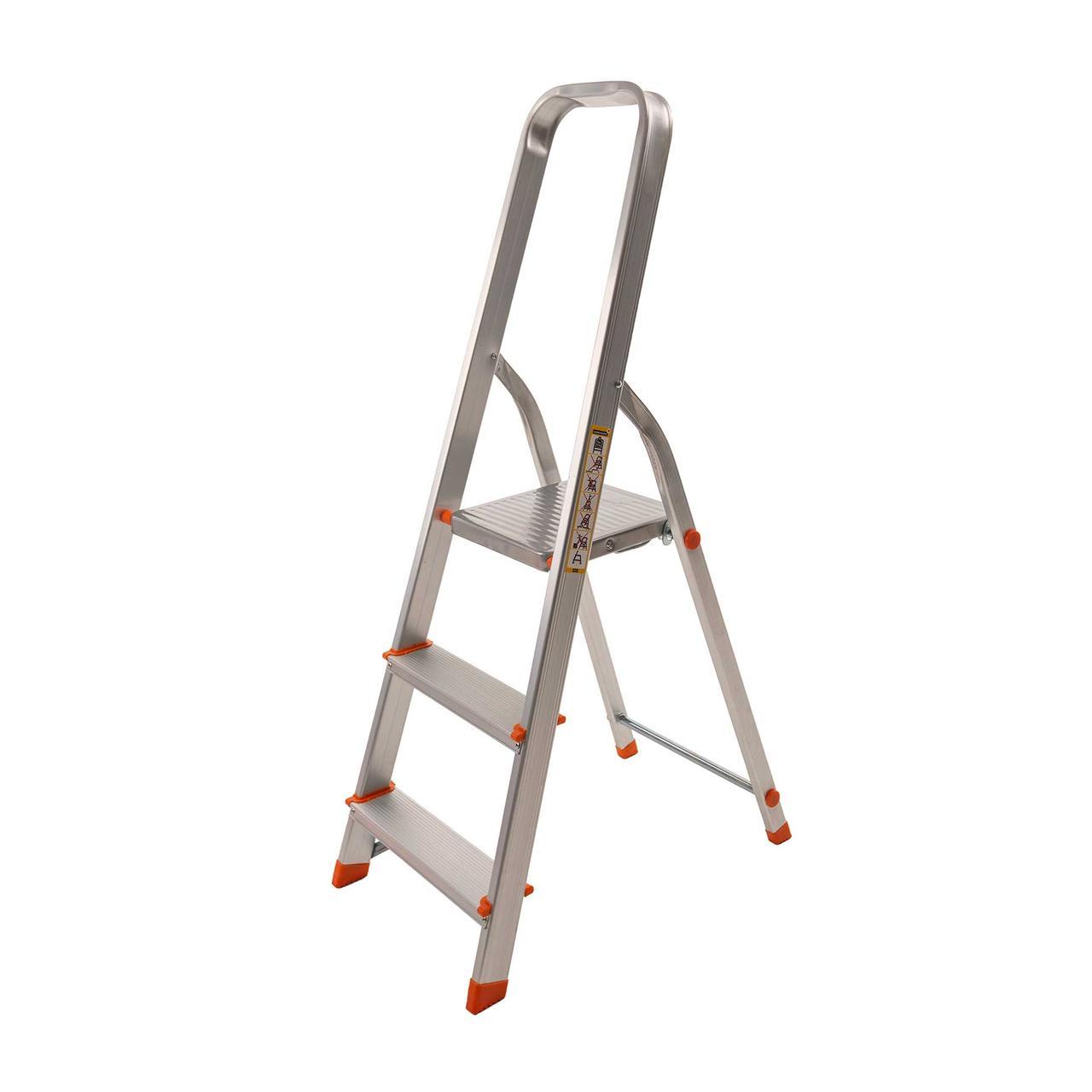 Стремянка алюминиевая Laddermaster Vega A1B3. 3 ступеньки