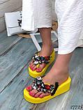 Женские пляжные шлепки с камнями ,на платформе 6 см, голубые, белые, желтые, фото 5