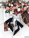 Жіночі туфлі чорні на широкому каблуці з гострим носом, фото 5
