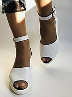 Жіночі босоніжки на середній танкетці.Білий.Натуральна шкіра.Туреччина Розмір 37 38 39 40., фото 7