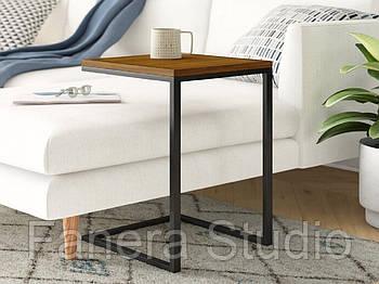Стол приставной на металлическом каркасе