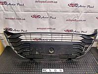 RC0509 531020D120  решетка бампера перед центр Toyota Yaris 17- rest  www.avtopazl.com.ua